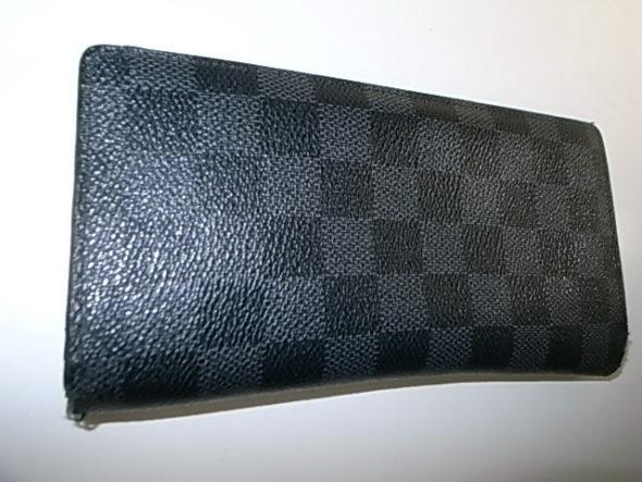 ルイヴィトンの財布修理