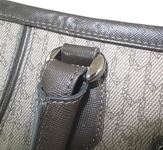鞄のハンドルの付け根修理後