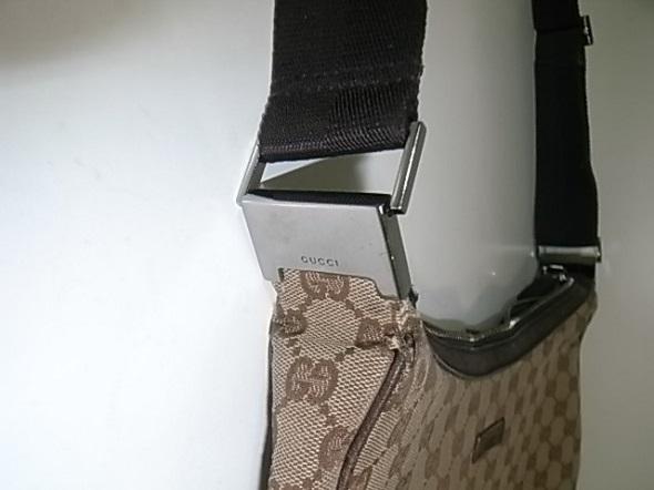 グッチバッグの付け根修理