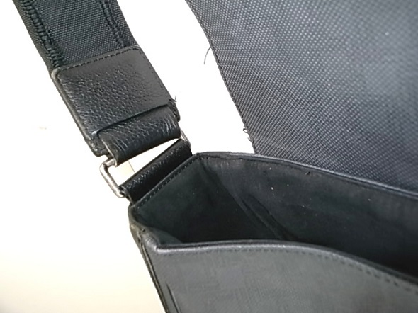ダンヒルバッグの革修理