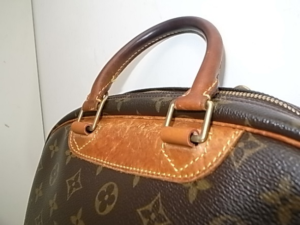 根革修理後のバッグ