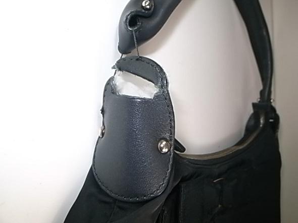 フェラガモのバッグ修理
