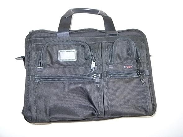 TUMIのバリスティックナイロンの鞄
