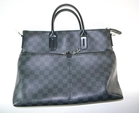ルイヴィトン ダミエ グラフィットのバッグ