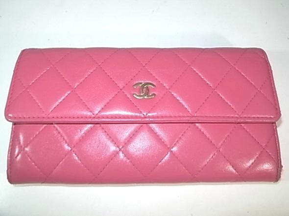 シャネル財布の洗浄と補色