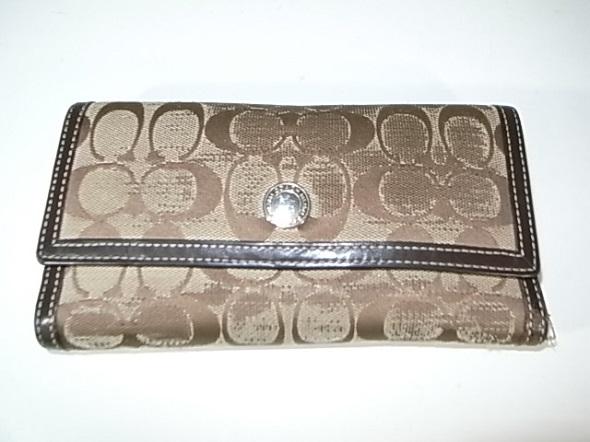 コーチの財布