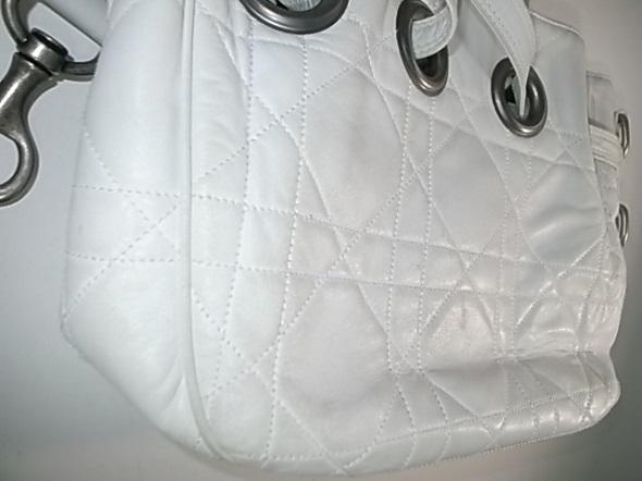 Diorのバッグの薄汚れ