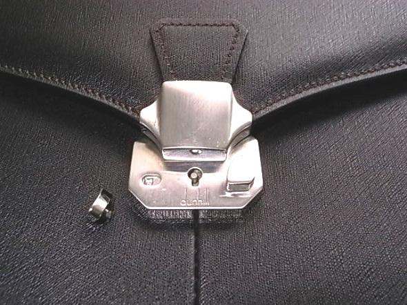 ダンヒル鞄のロック部分