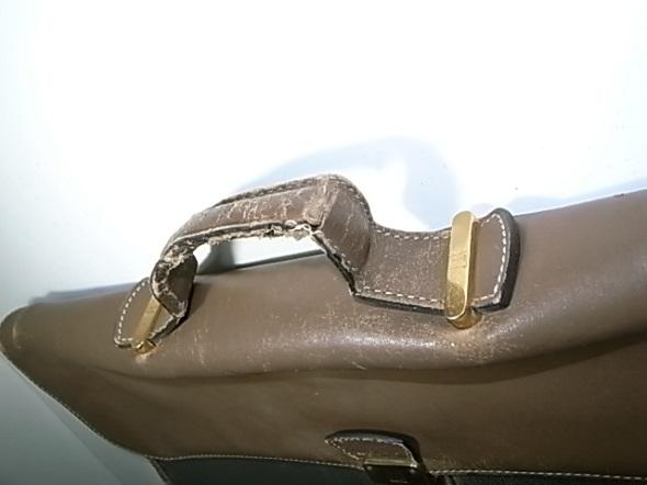鞄の持ち手劣化