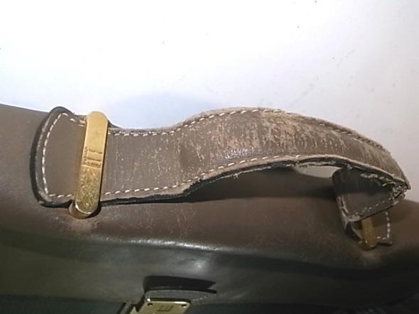 ダンヒルの鞄の持ち手修理