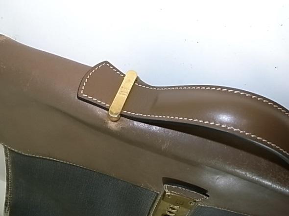 持ち手修理をしたダンヒルの鞄