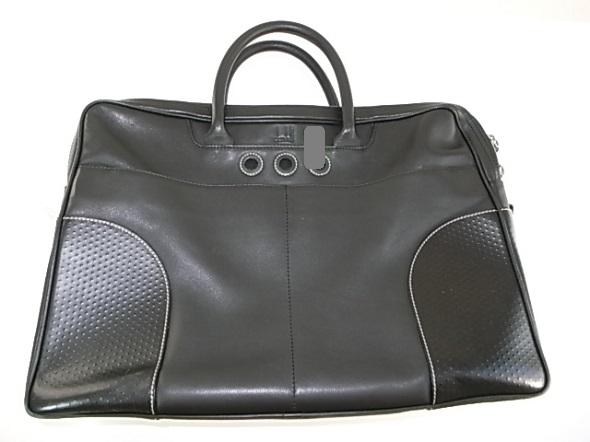 ダンヒルの黒いバッグ