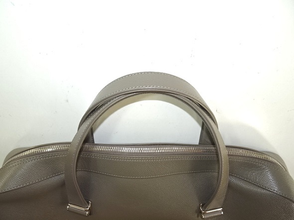 持ち手交換した鞄