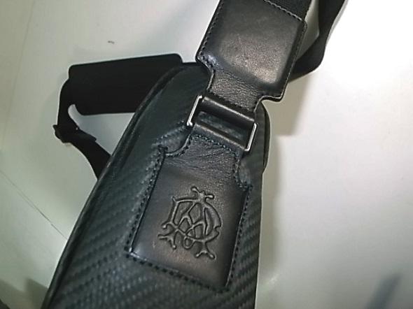 ダンヒル鞄の革切れ補強
