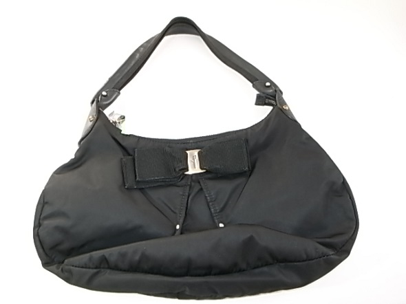 フェラガモのバッグ