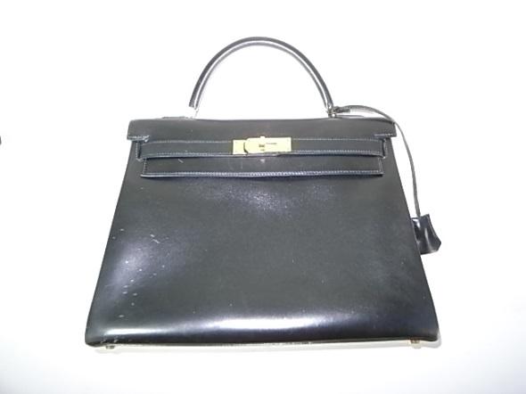 エルメスの黒のケリーバッグ