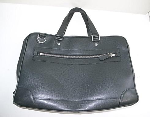 ルイヴィトンのビジネス鞄