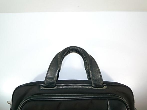 TUMIの鞄の修理