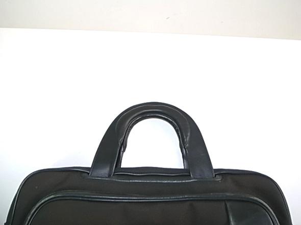 ハンドル交換をしたTUMIの鞄