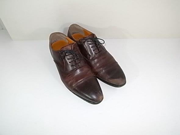 革靴の色剥げ