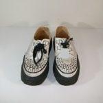ジョージコックスの白い靴