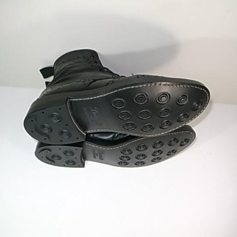 ソール交換後のブーツ