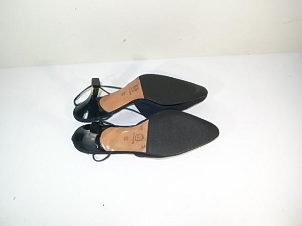 靴底のラバー補強