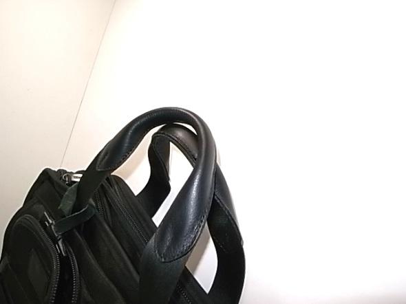持ち手を修理した鞄