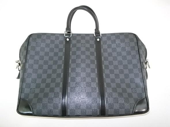 ヴィトンのダミエの鞄