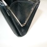 財布の蝶番金具が欠損