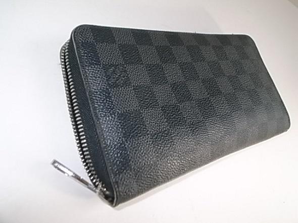 ルイヴィトンダミエ黒の長財布