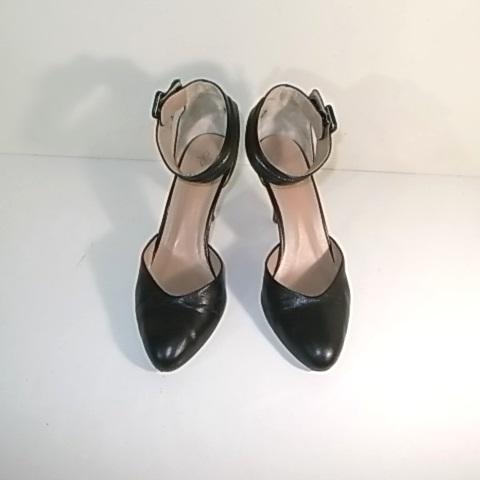 黒い婦人靴