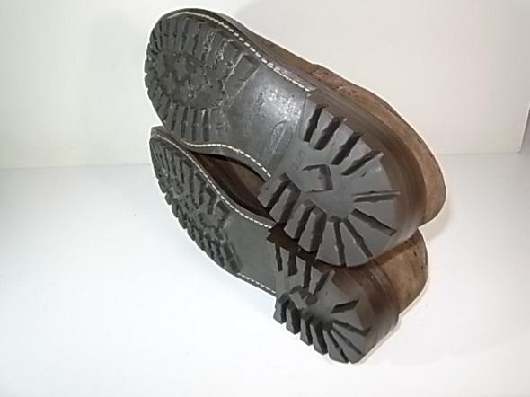 靴修理後のソール