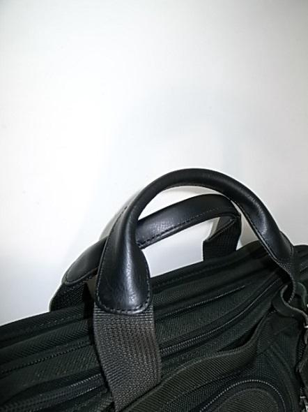 TUMIの鞄の持ち手修理後