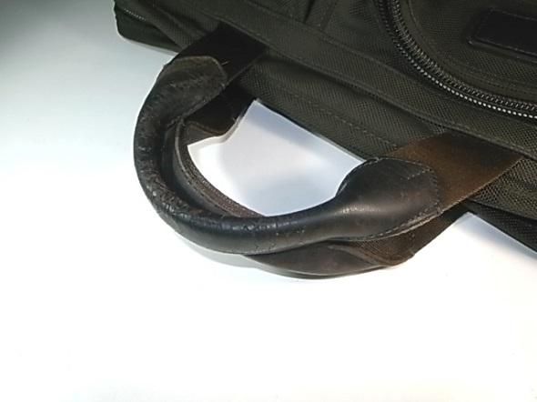 鞄のハンドル劣化