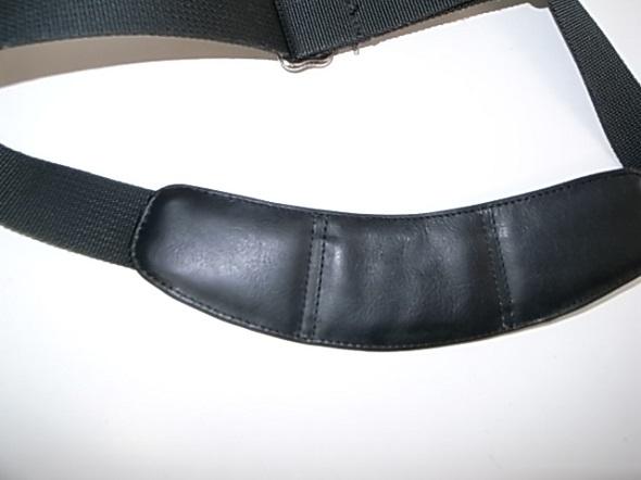 TUMIの肩パッドの表面交換