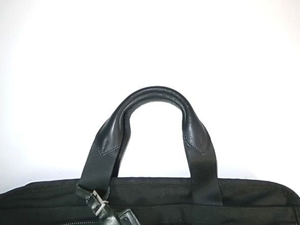 鞄のハンドルの革修理