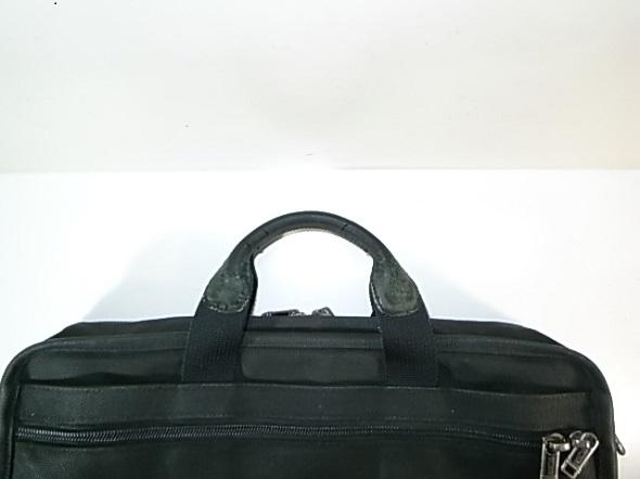 TUMIのバッグのハンドル