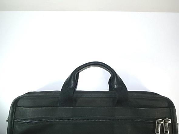 バッグのハンドルの革修理