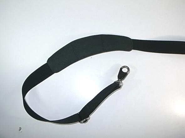 肩パッドの内側修理