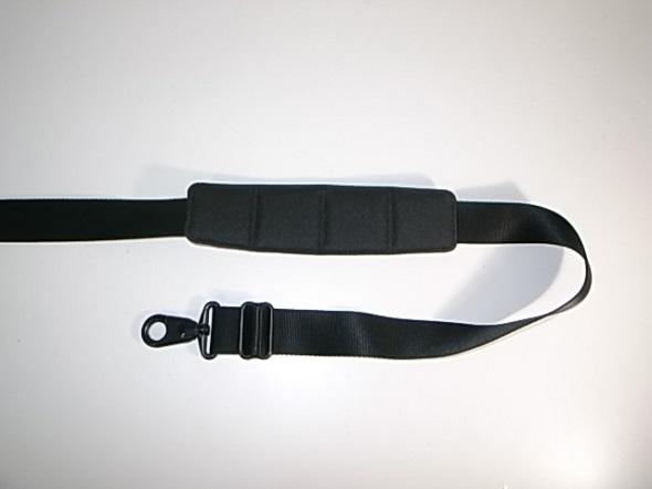 TUMIの肩パッドの張り替え