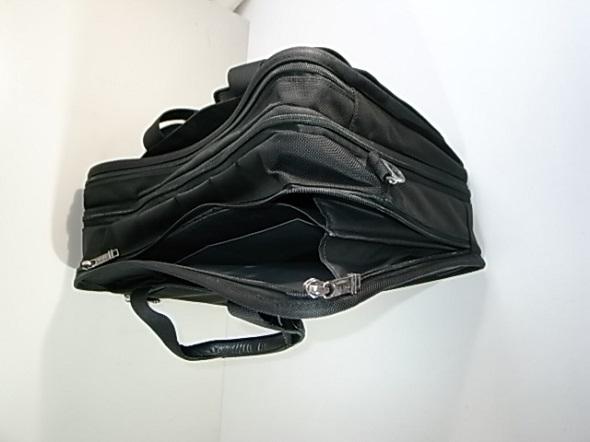 ファスナー故障したTUMI鞄