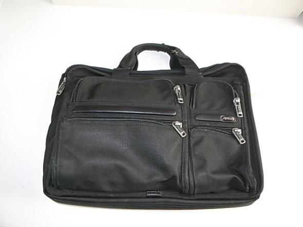 TUMIの定番バッグ