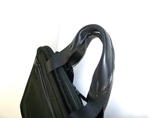 鞄の持ち手の革巻き替え