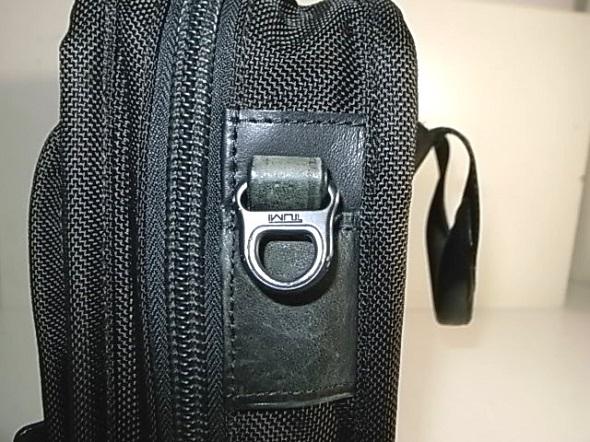 TUMI鞄の革あて修理