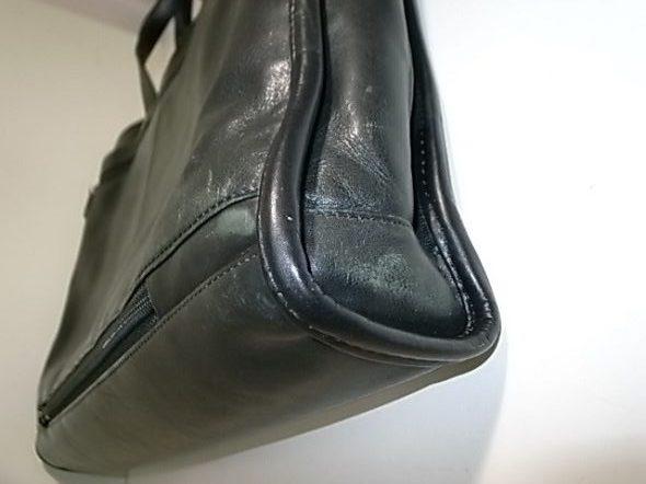 TUMIの鞄の角修理