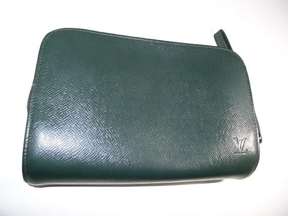 ヴィトンのタイガの鞄