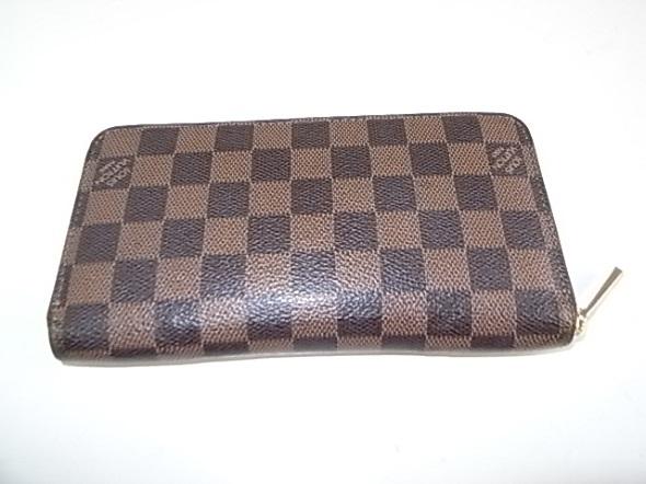 ダミエの長財布
