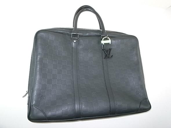 ヴィトンのビジネス鞄