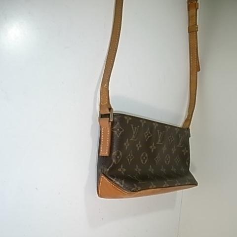 ヌメ革修理後のバッグ